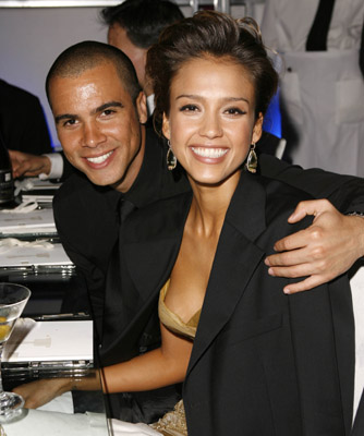 jessica alba images. Jessica Alba is Expecting Baby