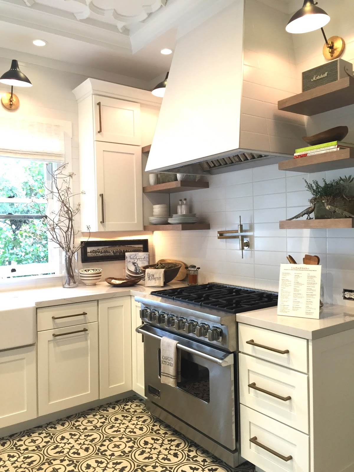 Traditional Home Show House Tour and Details to Copy - Classic ...