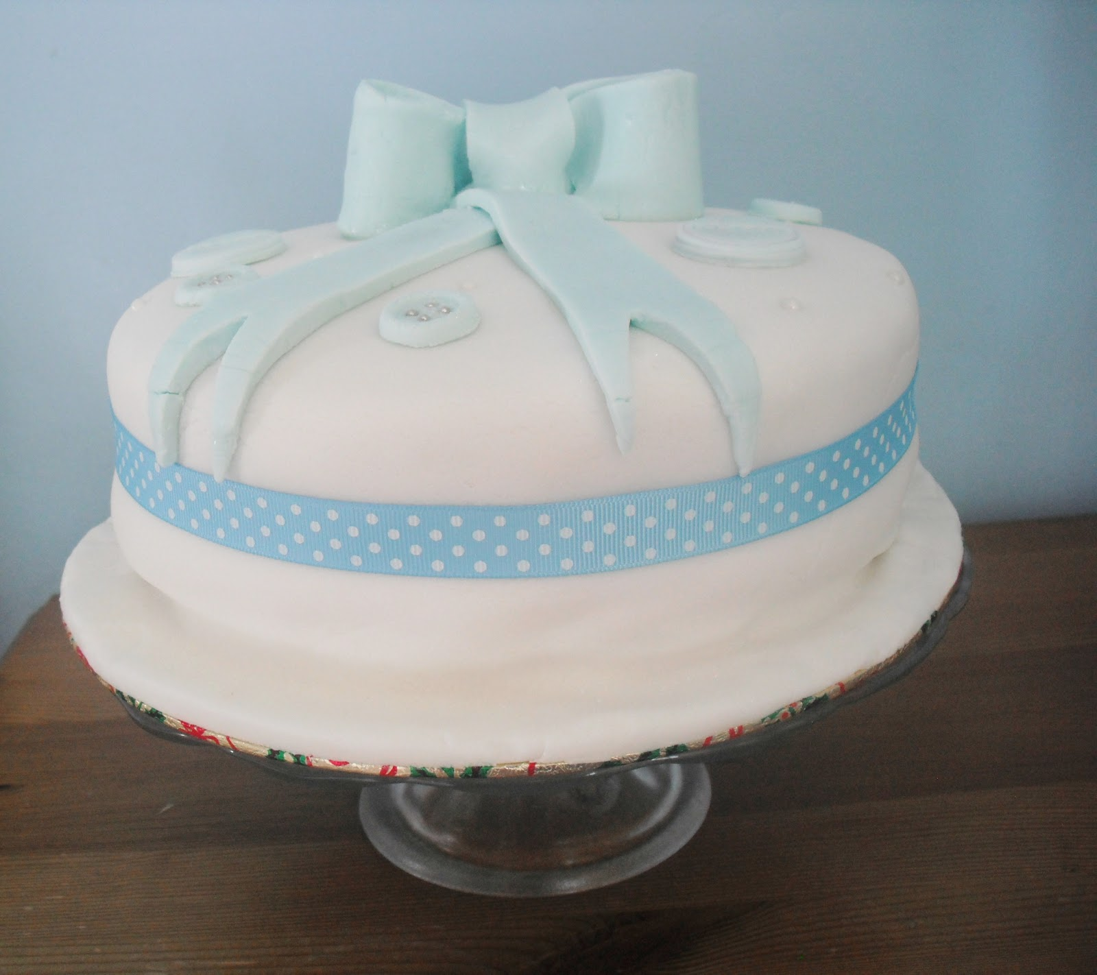 Cake Decorations At Asda : My Sisters Baby Shower - Cake + DIY Gift   Victoria s ...