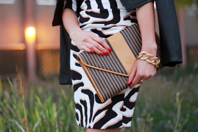 vintage clutch bag fendi striped
