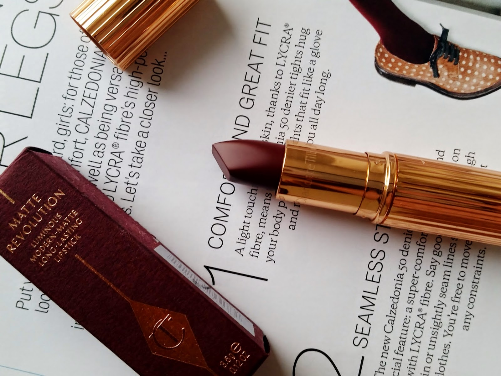Charlotte Tilbury Matte Revolution in Glastonberry