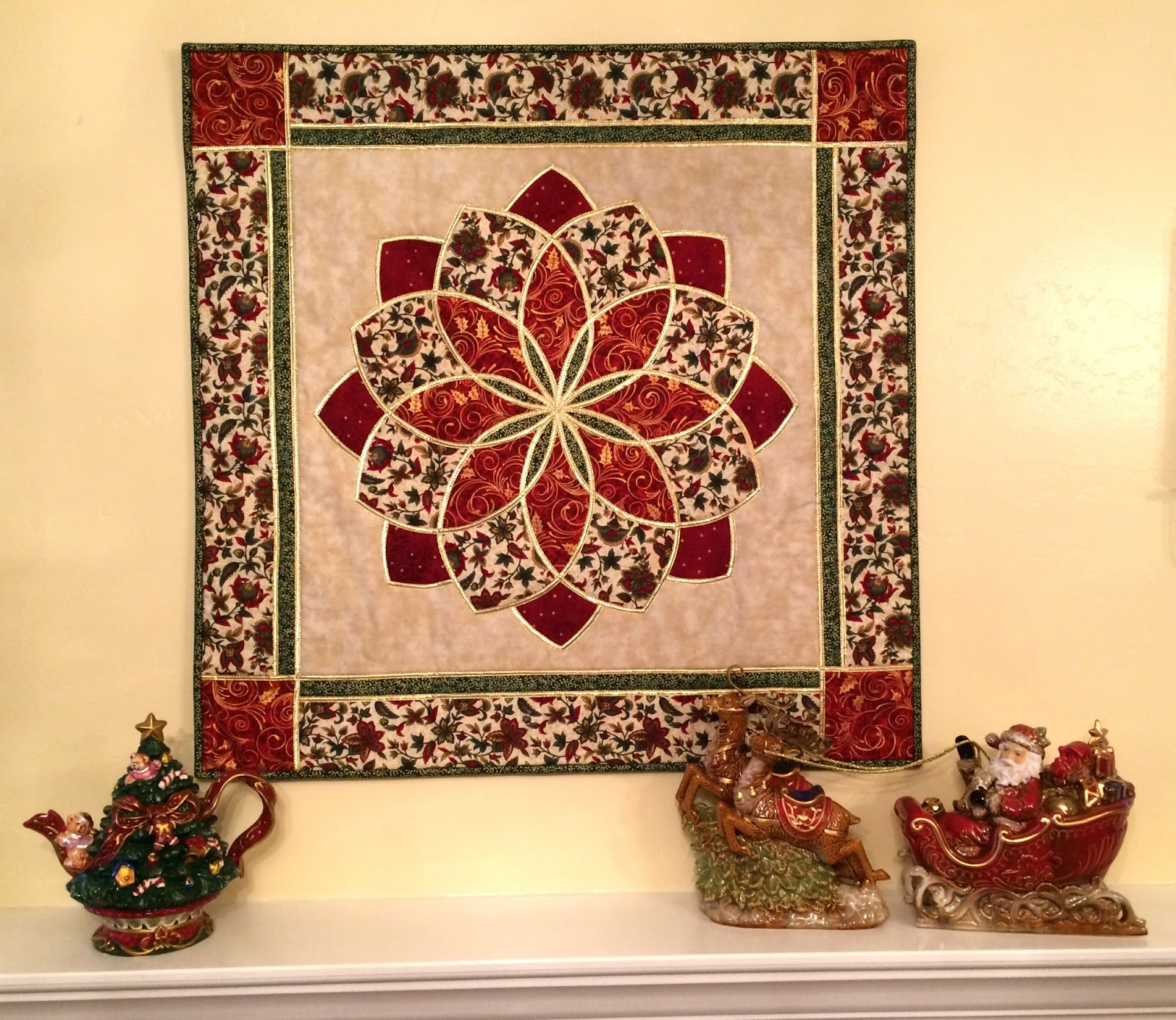 Apple Avenue Quilts: Christmas is in My Heart-My Turn : christmas quilt wall hanging - Adamdwight.com