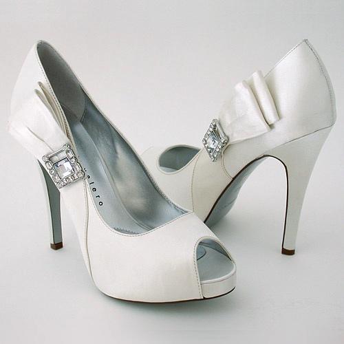 Beautiful Wedding Shoes 017 - Beautiful Wedding Shoes