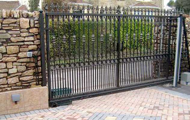 Sliding gates benefits of sliding gates gates for your for Electric motor repair los angeles