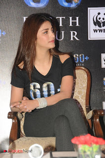 Shruti Han Pictures at Pledges for Earth Hour 2013  0004