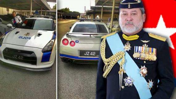 Kereta mewah polis ditaja Sultan Johor