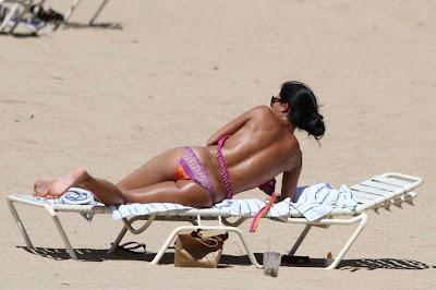Nicole Scherzinger – Bikini Candids in Hawaii