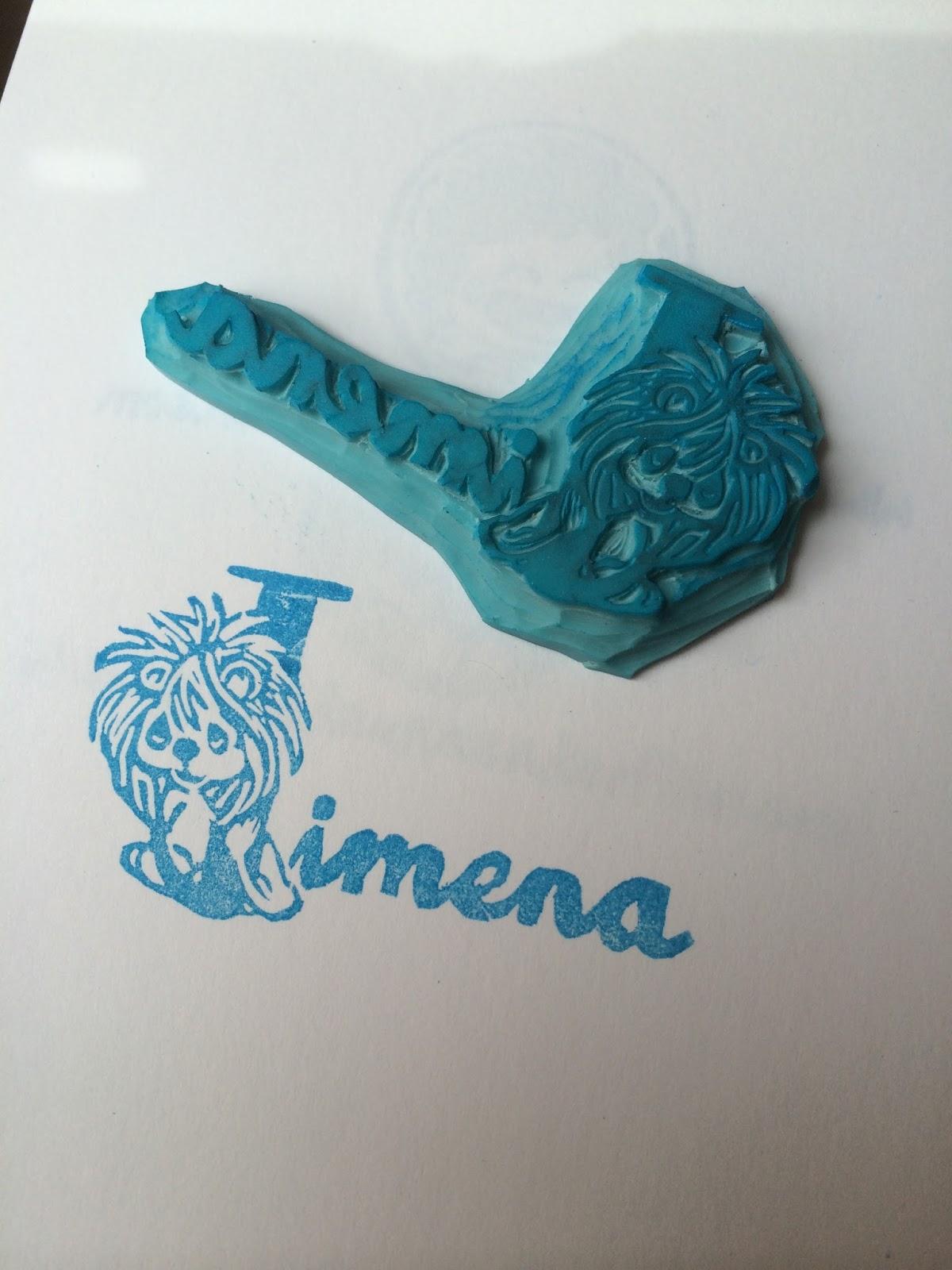 sello de goma carvado a mano de Jimena con un León