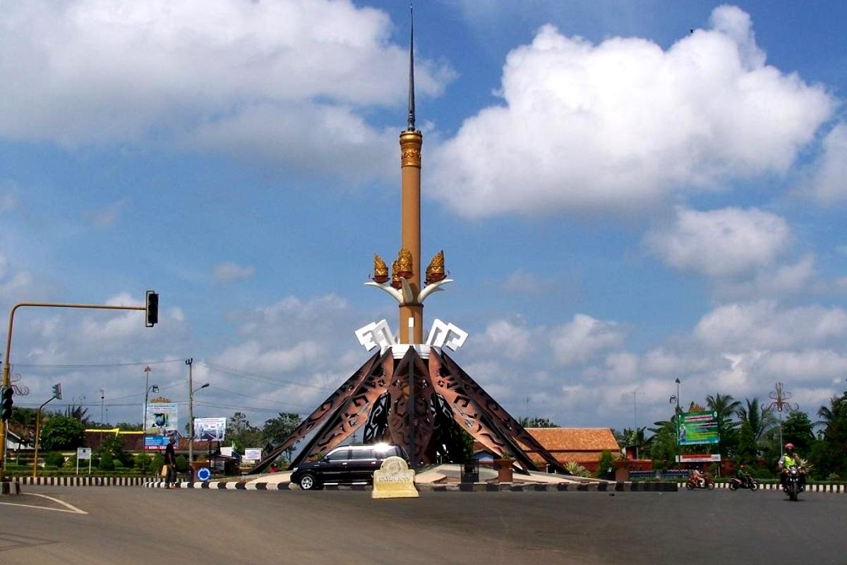Tugu Lampung Utara