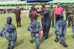 Drs. H. Suhardi, MM Melantik Taruna Sekolah
