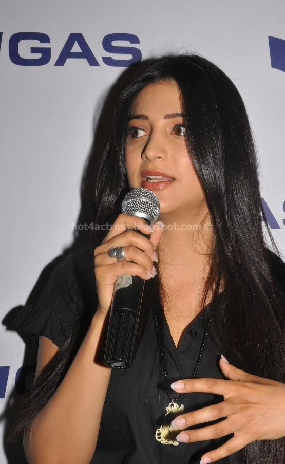 bollywood, tollywood, hot, Shruti, Hassan, Latest, Cute, Stills, At, an, Event