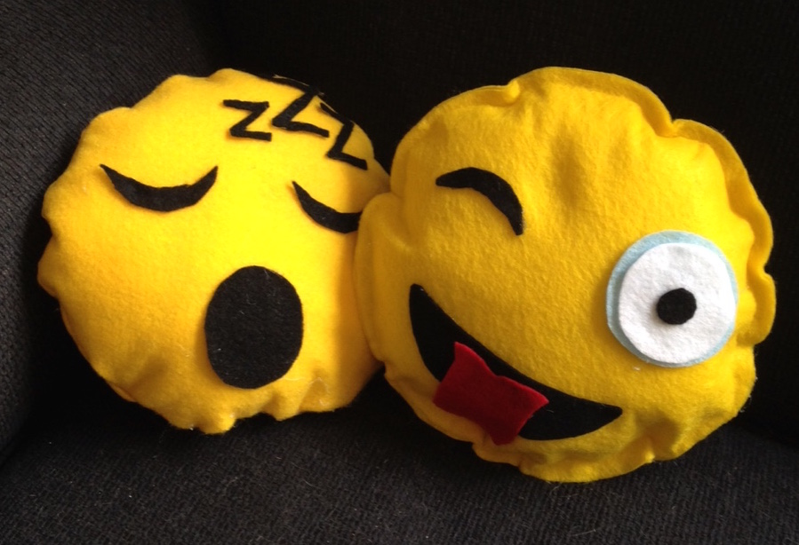 Diy Emoji Pillows No Sew: No Sew Emoji Pillows!   Library Arts,