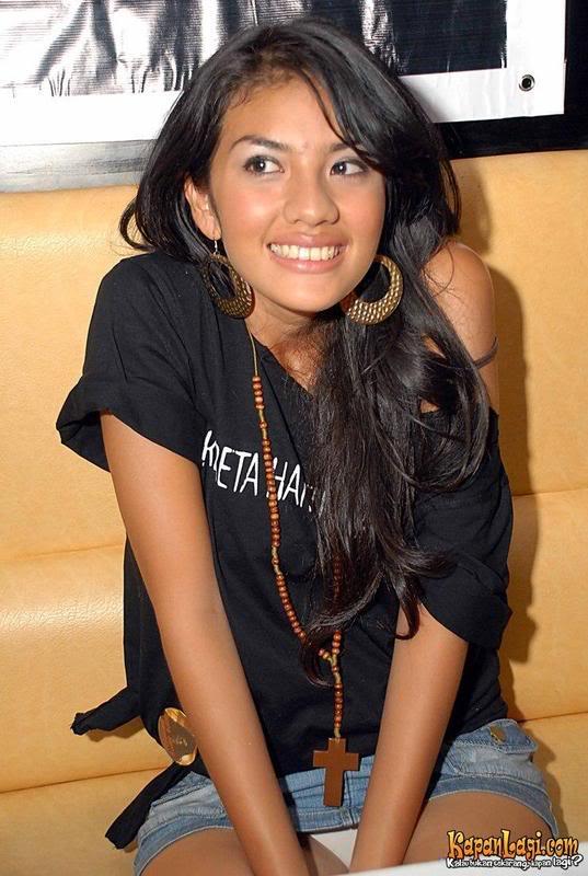 artis pun tertangkap bidikan kamera siapa saja artis indonesia yang ...