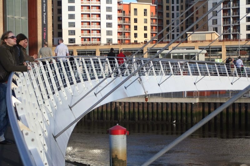 The Gateshead Millennium Bridge | A Pedestrian and Cyclist Tilt Bridge