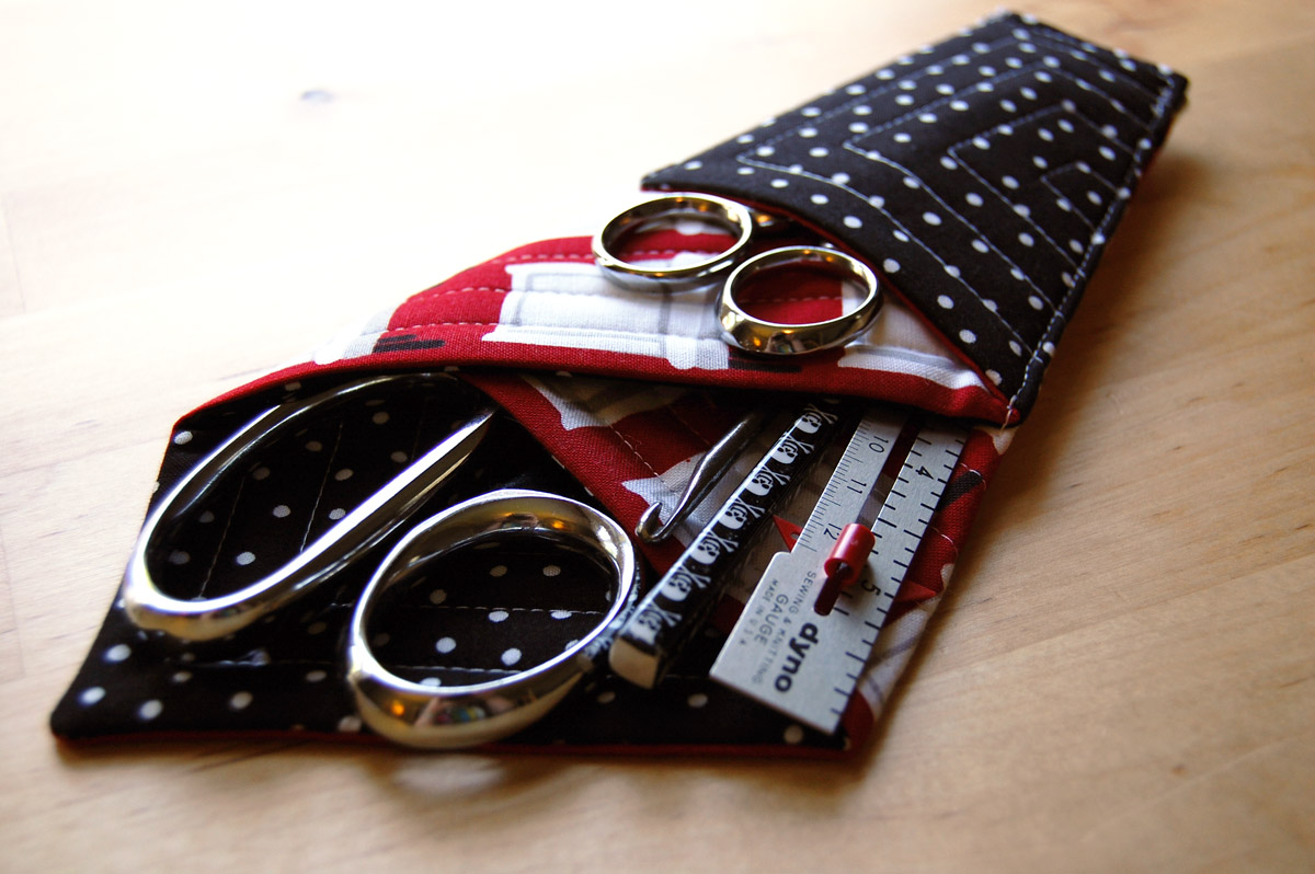 Miss Sews It All Quilted Scissors Holder Tutorial