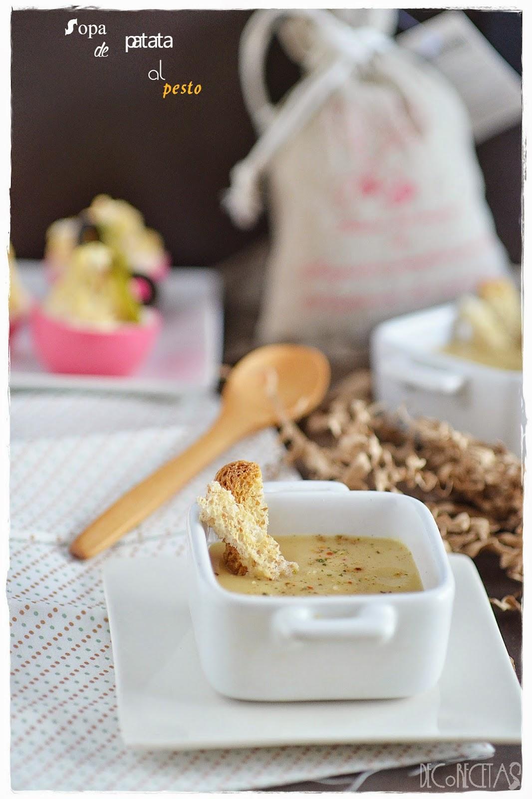 Sopa de patata al pesto