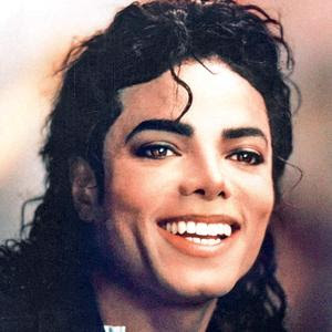 [Image: michael-jackson-cute-face-smiling-pic.jpg]