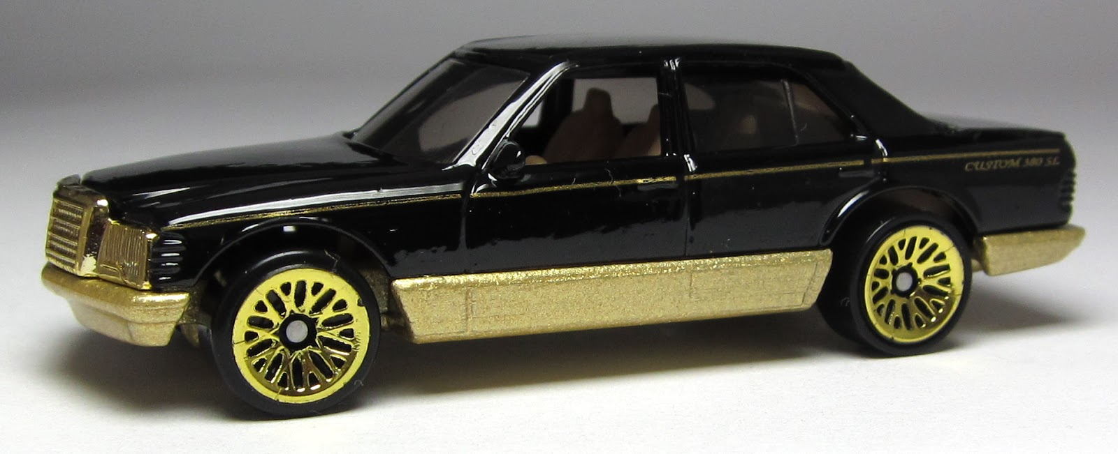 Car lamley group model of the day hot wheels mercedes for Hot wheels mercedes benz