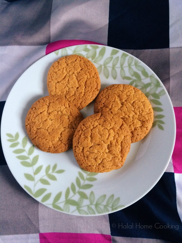 ginger biscuits, snaps, nuts recipe