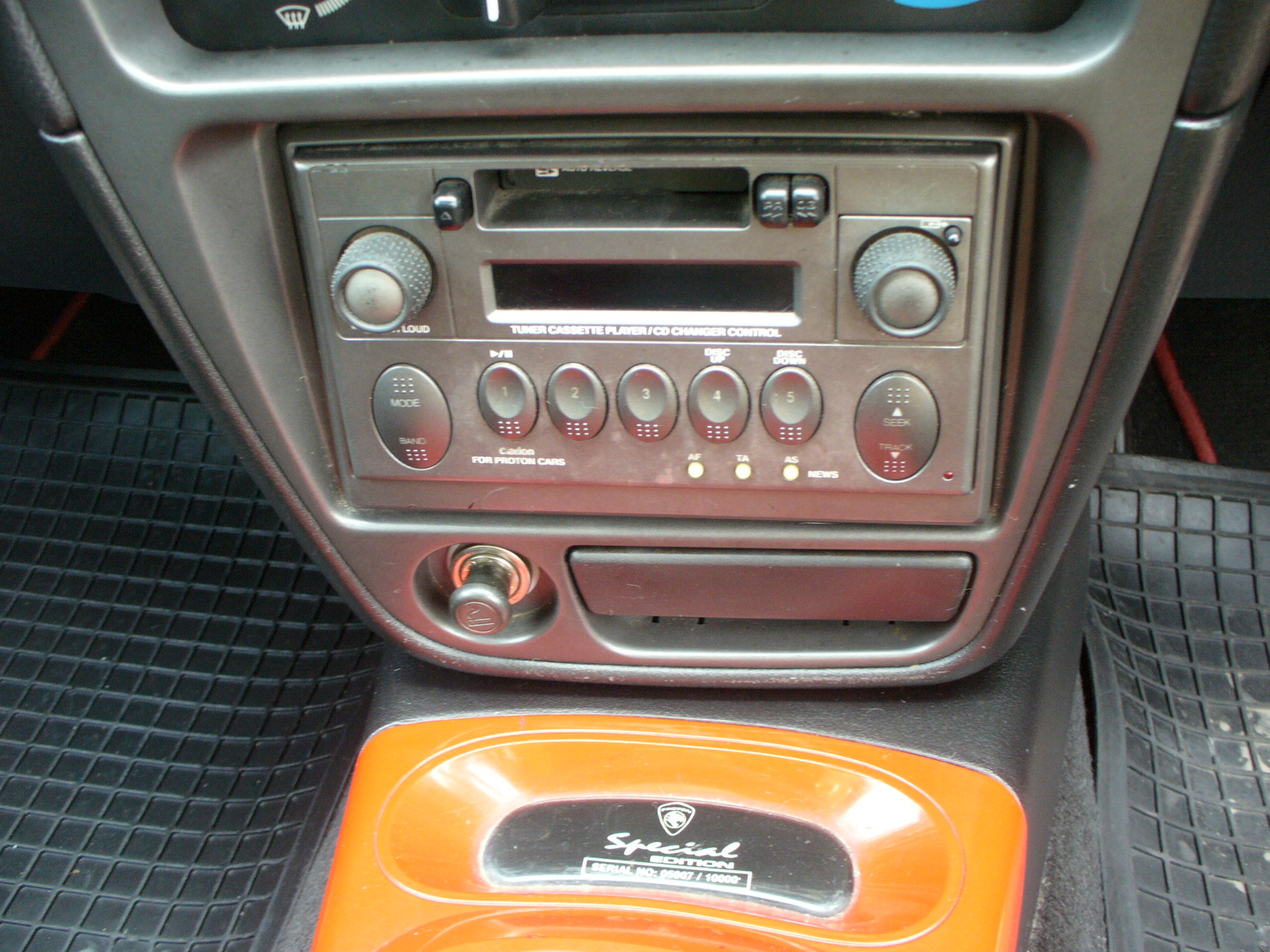 proton wira special edition 1.5 manual 2004 1 interior radio lyn proton wira club (lyn pwc) v xxviii wira fuse box diagram at mifinder.co