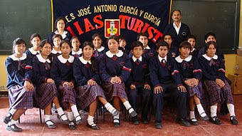 Integrantes de Orientadores Turísticos juveniles