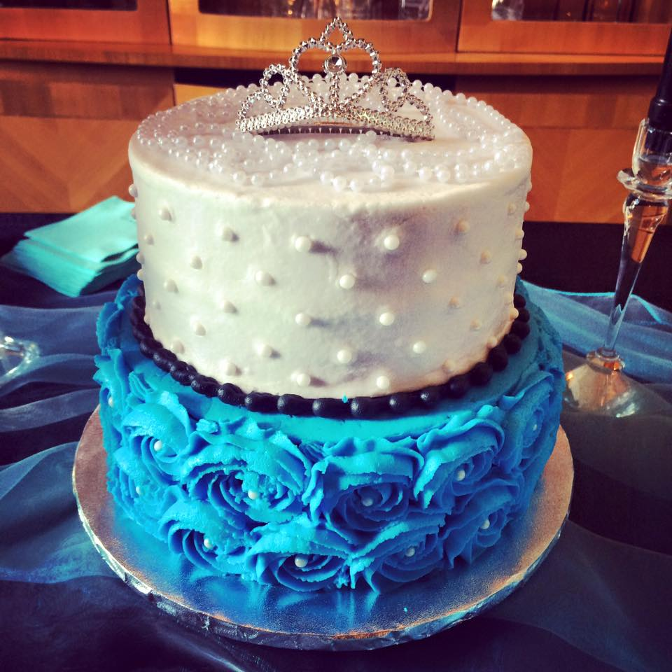 turquoise black and white rose and dot bridal shower cake