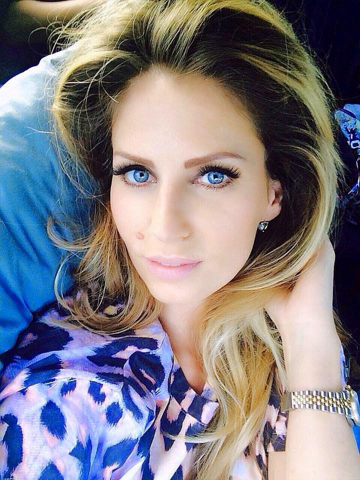 Selfie a la Andreea Banica