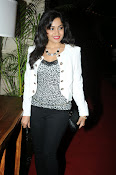 Madhavi Latha Latest Photos Gallery-thumbnail-4