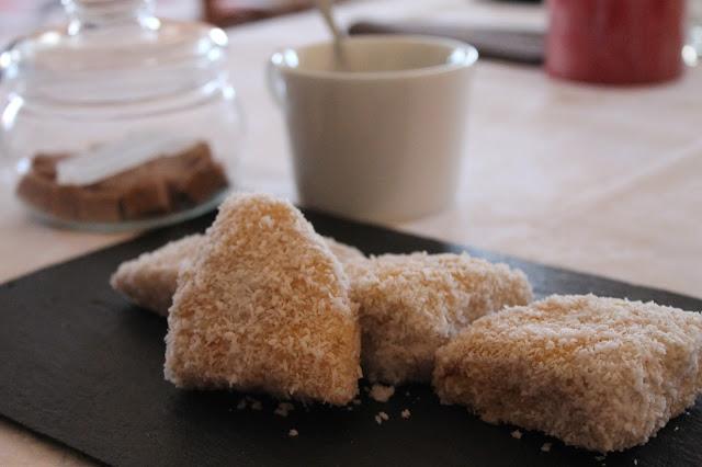 pastelitos-de-coco-de-la-tía-enriqueta-en-el-blog-de-justy-entre-fogones-y-copla.jpg