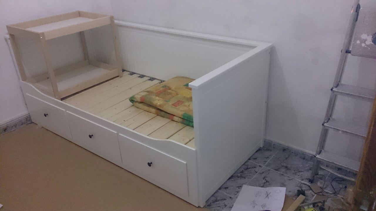 La frikifactor a tutorial ikea hack cama div n hemnes a cuna - Colchon cambiador bebe medidas ...