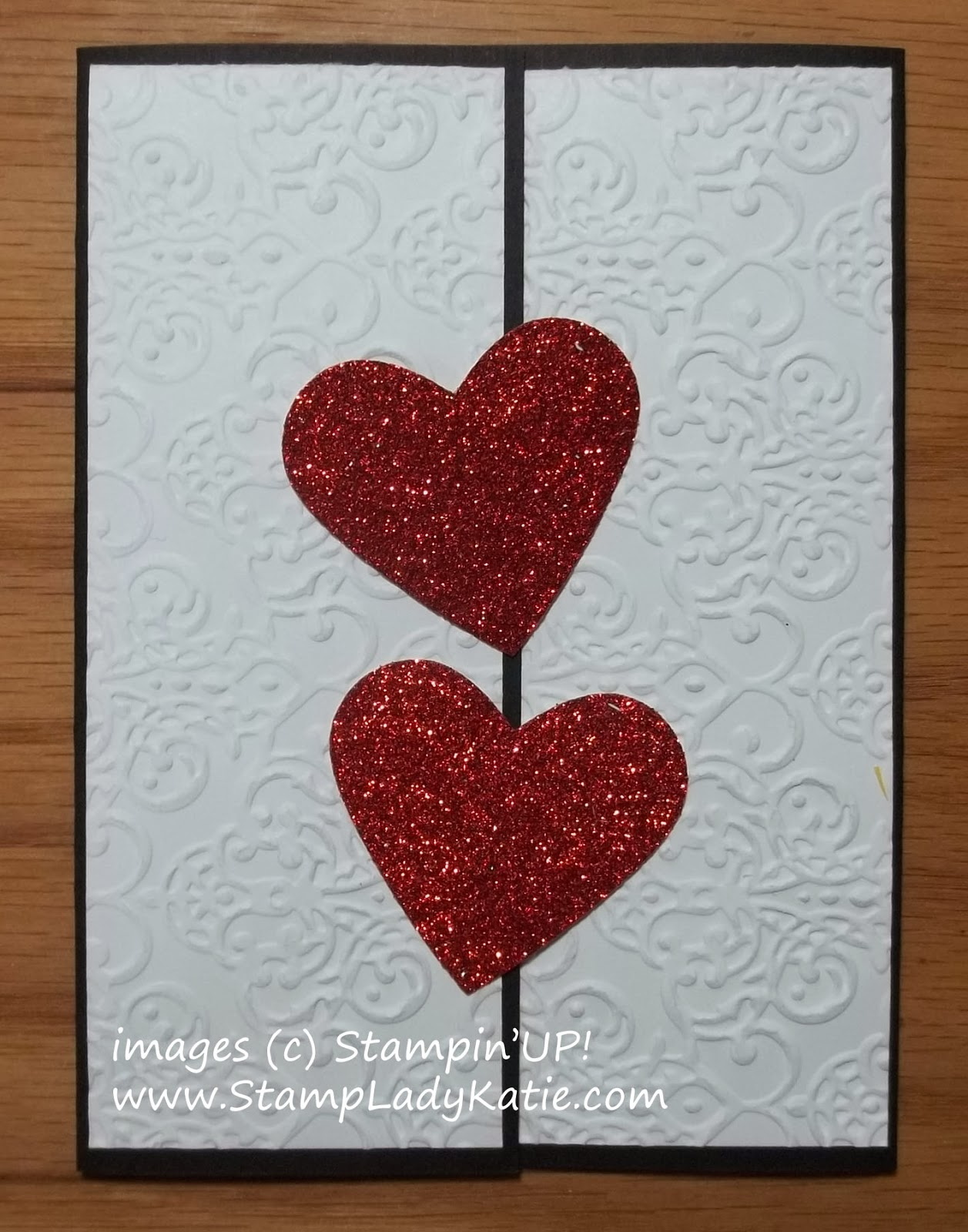 Gatefold Card with Red Glimmer Paper Hearts