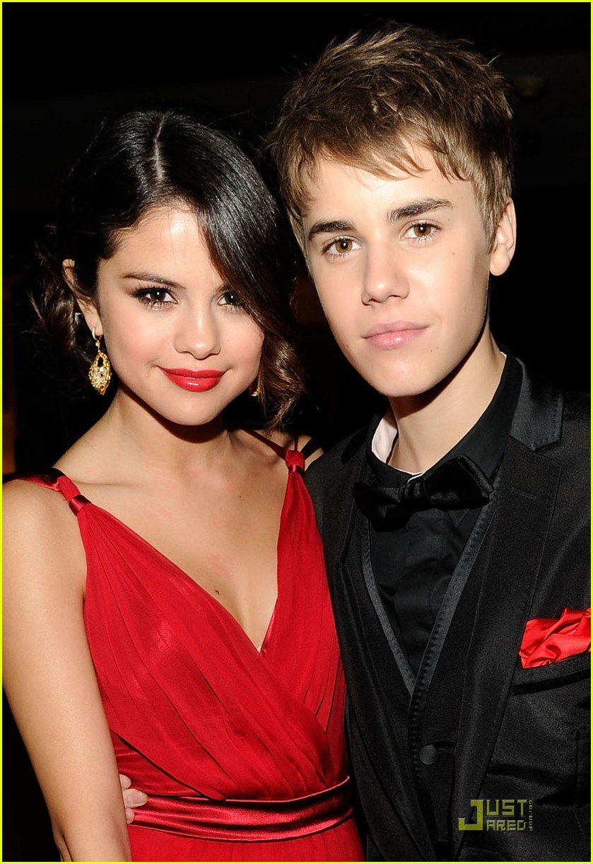 Justin bieber selena gomez sport matching outfits at espys