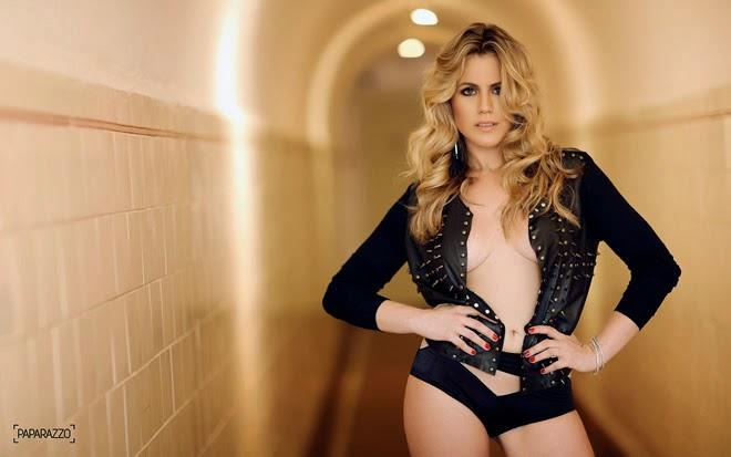 Marina Mantega a filha do ministro da Fazenda no ensaio sensual do Paparazzo