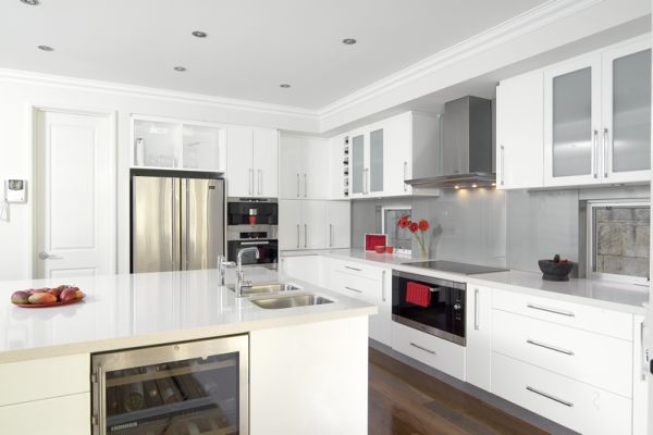 Dise o para cocinas peque as c mo dise ar cocinas for Muebles de cocina de 70 o 90