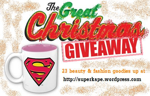 First Big Blog (Christmas) Giveaway! 23 beauty and fashion goodies up for grabs!