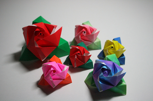 Origami Maniacs Rose Cube By Valerie Vann