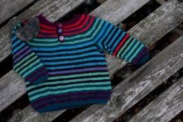 Opskrift på reste-sweater i strømpegarn, str. 1-2 år