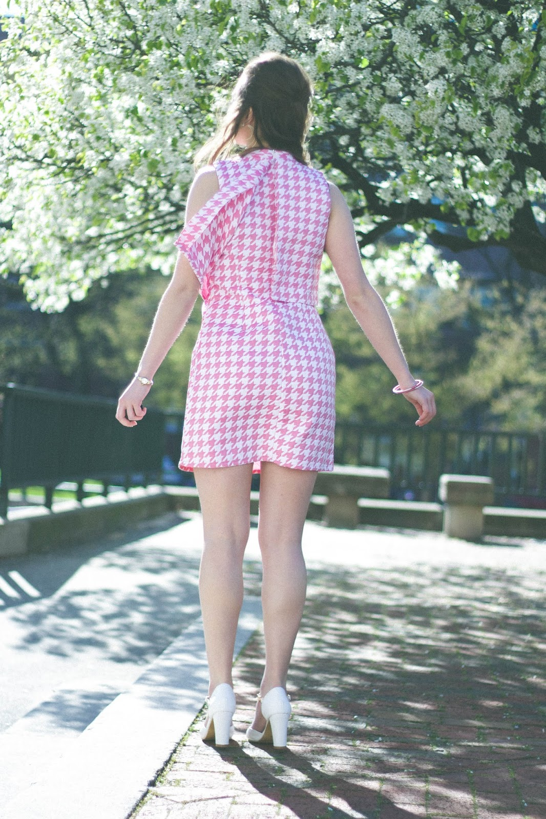 60's, retro, vintage, style, fashion, lana del rey, retro style, vintage style, lana del rey style, outfits, jackie kennedy style, jackie o, fashion blogger, movie blogger, movies, bouffant, classic style, spring style, houndstooth dress, glamorous