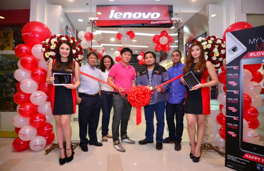 Lenovo Opens Two New Concept Stores in the Philippines