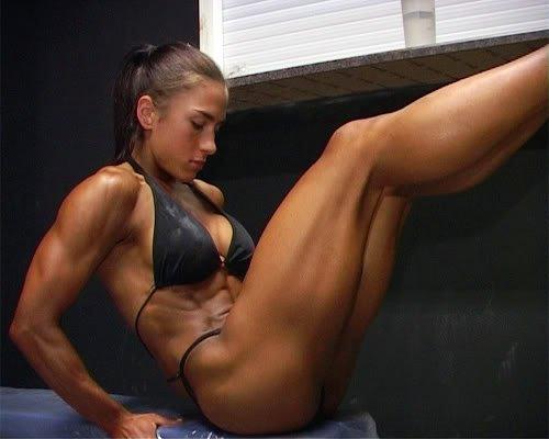 Голые сильные женщины фото 96139 фотография