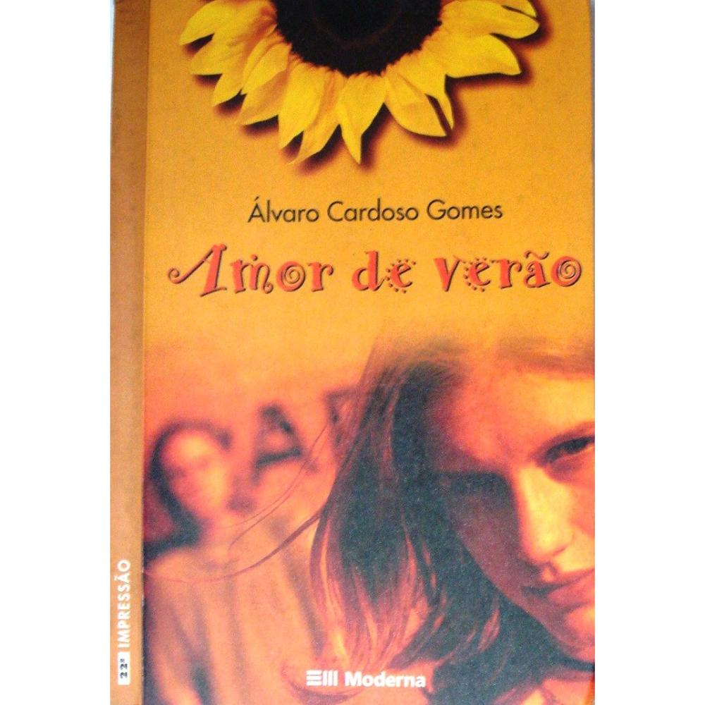 O livro conta a história de Válter. Um adolescente comum, mas que não confia em si mesmo e se acha feio, principalmente por usar óculos. - livro-amor-de-verao-alvaro-cardoso-gomes-320160_iZ14061XvZxXpZ1XfZ56809502-229654196-1.jpgXsZ56809502xIM