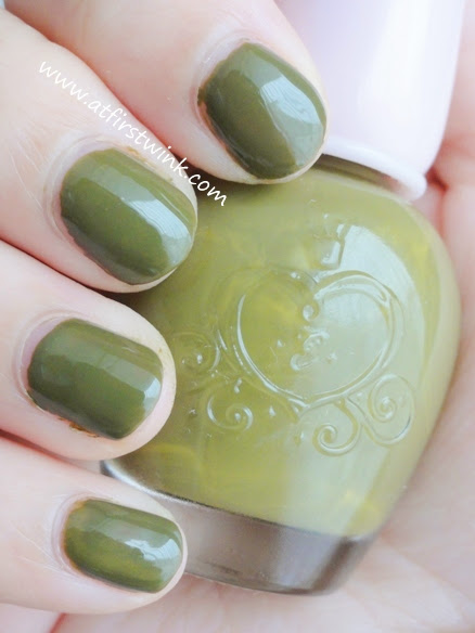 Etude House nail polish DGR704 - Only Olive review