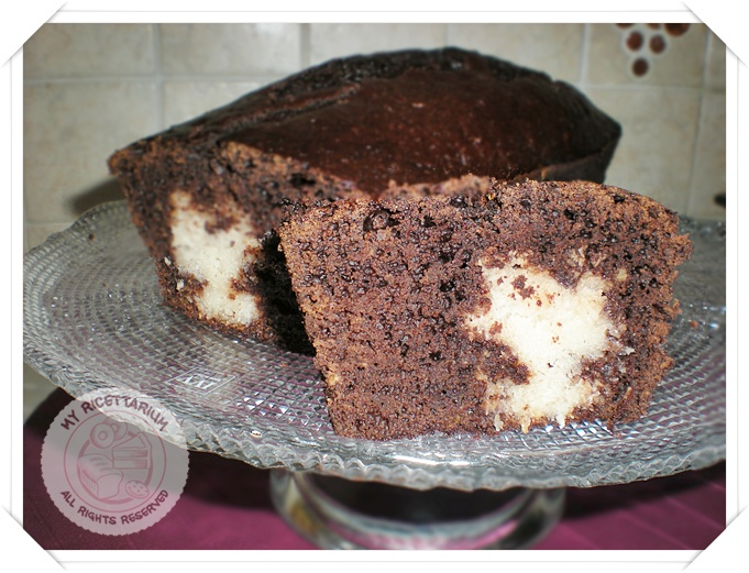 Plumcake al cacao con cuore al cocco