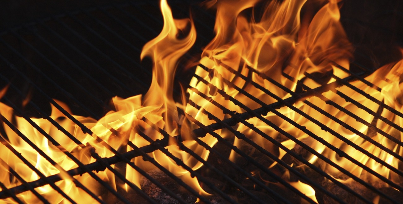 [Image: double_sized_bbq_flames.jpg]