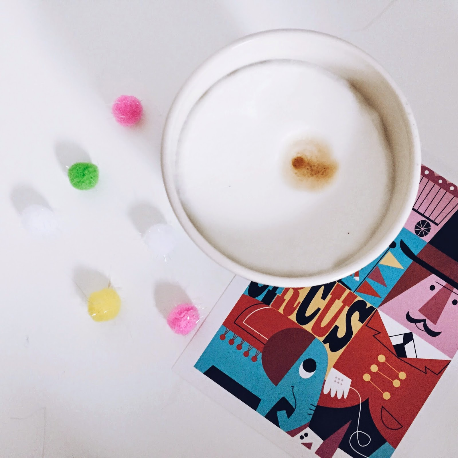 kaffee pompom zirkus ninotschka