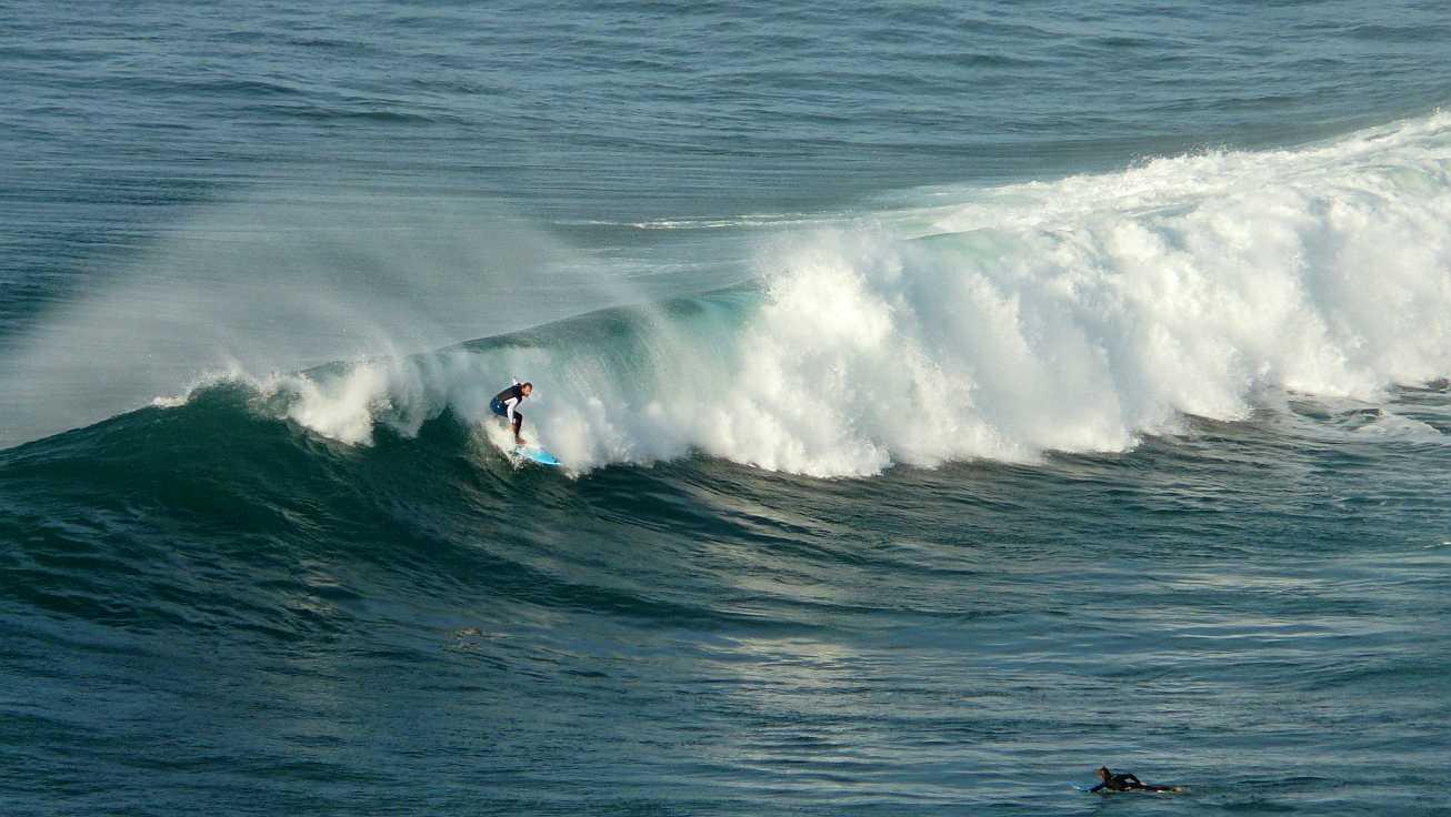 surf olas grandes menakoz 14