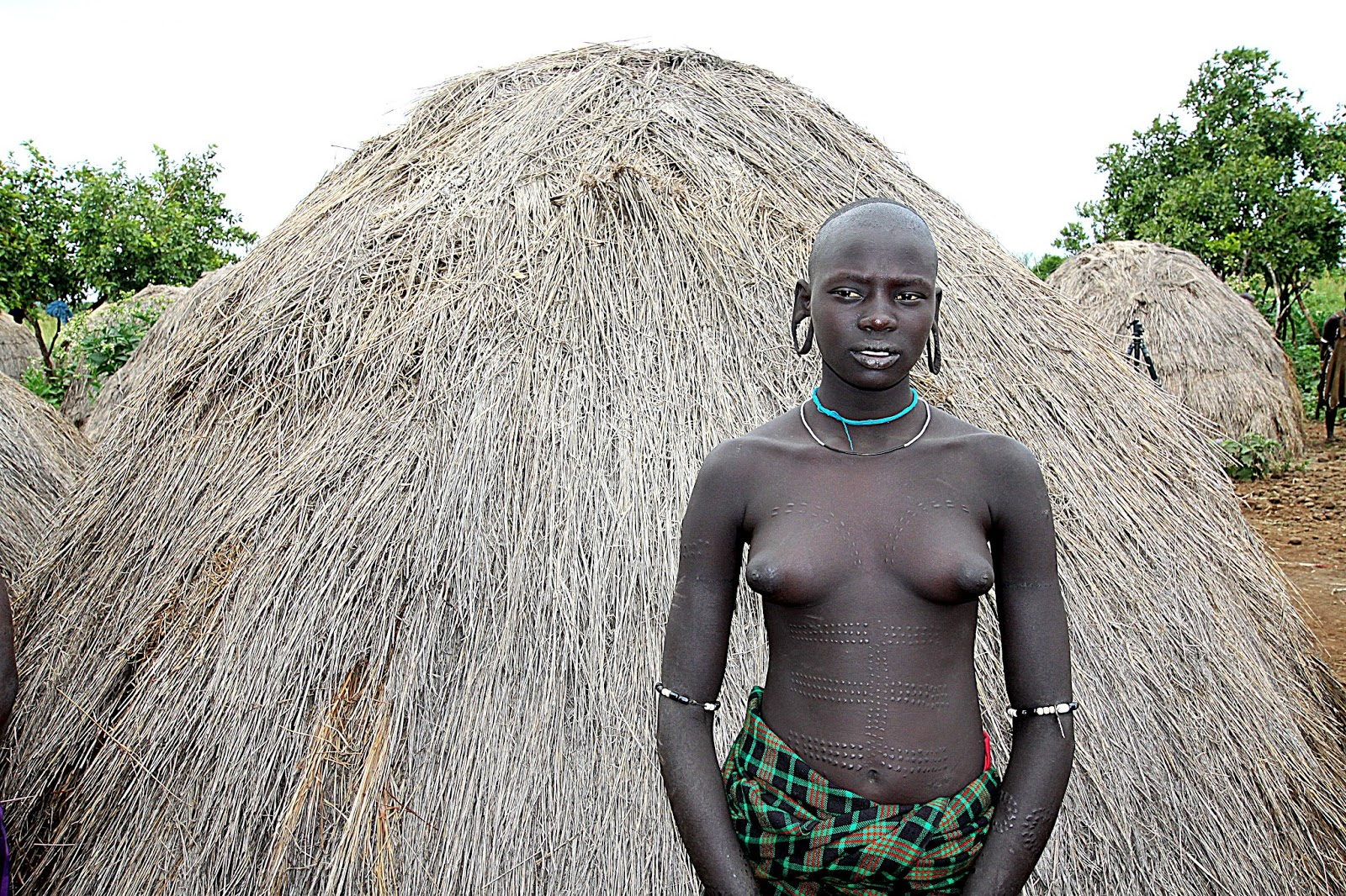 Nude tribe hairy — photo 12