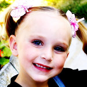 Sonrisa - age 4