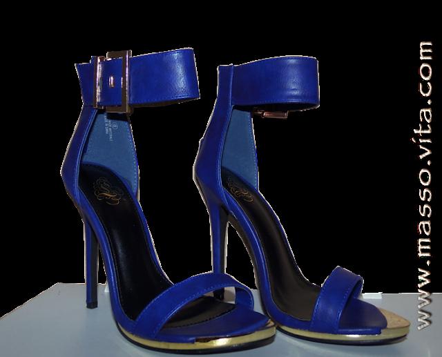 Sandália azul salto agulha