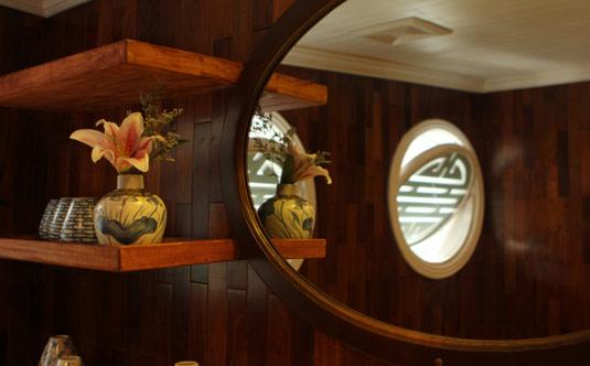 Suite Bathroom - Au Co Cruise